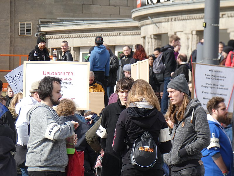 Artikel 13 Demonstration Köln 2019-03-09 09.jpg