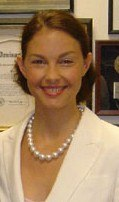 Ashley Judd head