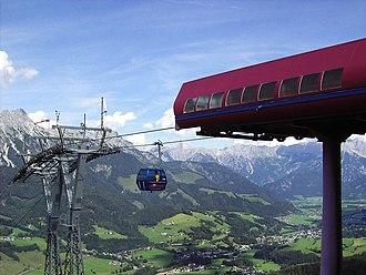 Leogang - Image: Asitz Bahn Blick Auf Leogang