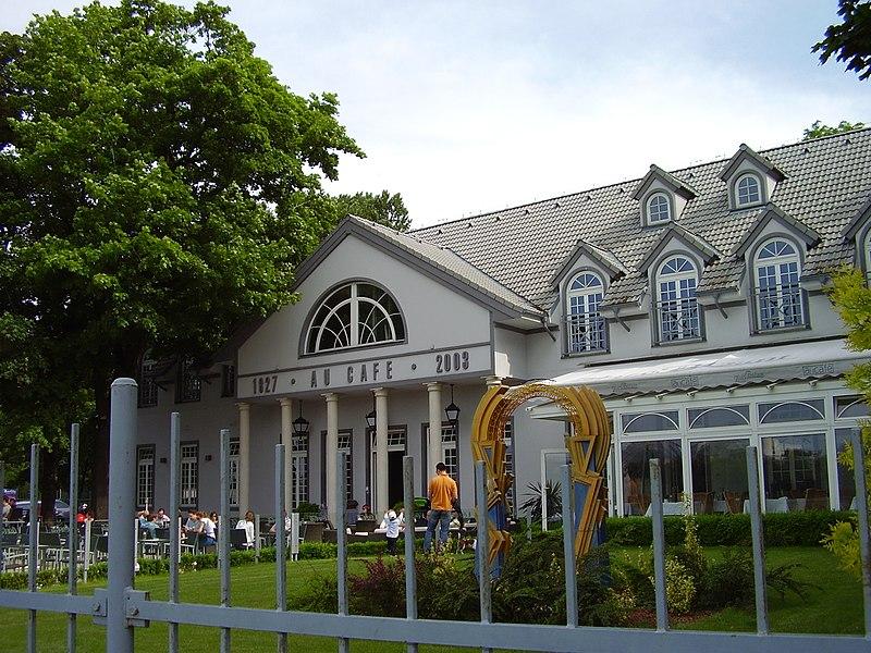 Au Caf Ef Bf Bd Restaurant Lr Bruxelles