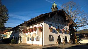 Bad Wiessee - Image: Bad Wiessee Rathaus 2