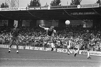 Ruud Gullit - Gullit (r.) with HFC Haarlem