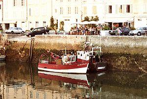 Bateaux de pêche le long du Quai Georges Clémenceau (2).jpg