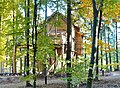 Baumhaus im Tripsdrill Natur-Resort - panoramio (1).jpg