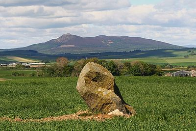 Site of the Battle of Harlaw, where in 1411 Donald McDonald, 2nd Lord of the Isles fought the Stewarts to a bloody standstill. Bennachie from the east.jpg