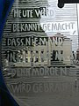 Bernau Parkhaus Waschspüle Glasfassade Detail.jpg