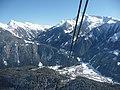 Blick von der Penkenbahn (1800 - 630 m) nach Mayrhofen - panoramio.jpg