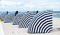 Blue shelters to look at the blue sea. - Belles cachettes bleues pour regarder la mer - panoramio.jpg