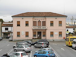 Boara Pisani Municipal House.jpg
