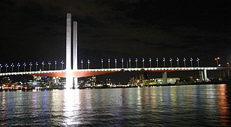 Bolte Bridge - Image: Boltebridge by night