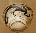 Bowl dragon Met 32.33.jpg