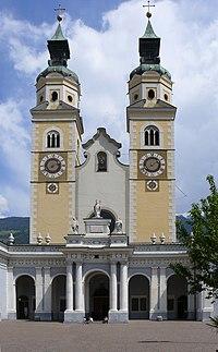 Bressanone - Duomo - facciata -.jpg