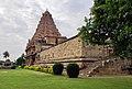 Brihadisvara Temple, Cholapuram (50143703846).jpg