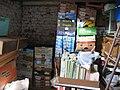 Briketts, zum Trocken in Gemüse-Kartons gestapelt, 01.09.2012 - panoramio.jpg