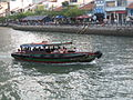 Bumboat on the Singapore River near Boat Quay - 20060304.jpg