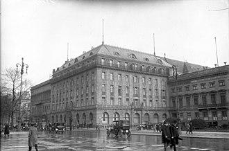 Hotel Adlon - Hotel Adlon, 1926