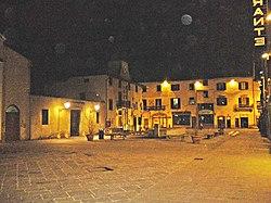 Campi Bisenzio-Piazza del Comune.jpg