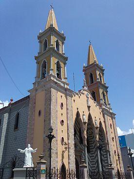 156abe276ca09 Catedral basílica de Mazatlán - Wikipedia