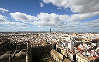 Cathedral & city of Seville from the Giralda (2).JPG