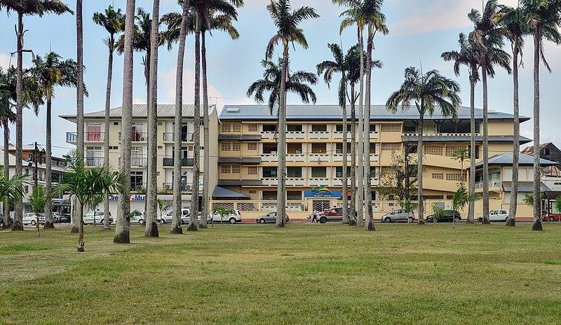 File:Cayenne place des palmistes EHPAD Saint-Paul.jpg