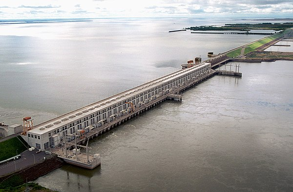 The Yacyretá dam. It is planned to increase its height to increase the electricity generation capacity in Argentina and Paraguay.