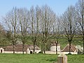 Château de Chèreperrine dans l'Orne (XVIIIe siècle) la basse-cour.jpg