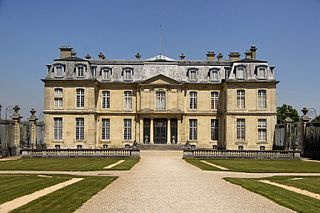 Neoclassical château in Champs-sur-Marne, France