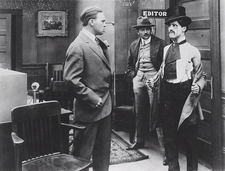 File:ChaplinMakinALiving.jpg