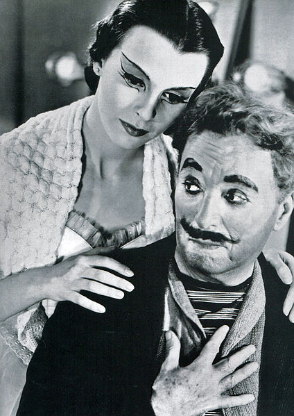 File:Chaplin - Bloom - 1952-1.jpg