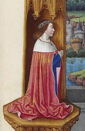 Personnage agenouillé, en prière, la tête couronnée et vêtu d'un grand manteau rouge.