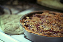 Cherry pie with crumble topping, July 2009.jpg