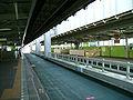 Chiba-monorail-2-Tendai-station-platform.jpg