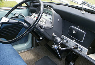 Citroën Ami - Dashboard and shift lever of Ami 6