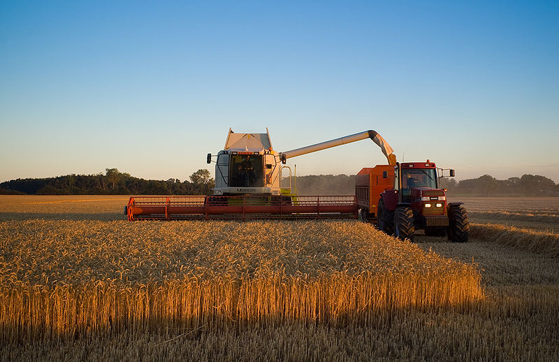 File:Claas combine in Denmark.jpg