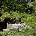 Collectie Nationaal Museum van Wereldculturen TM-20030063 Zoetwaterput Sint Eustatius Boy Lawson (Fotograaf).jpg