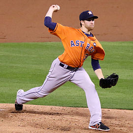 Collin McHugh on October 8, 2015.jpg