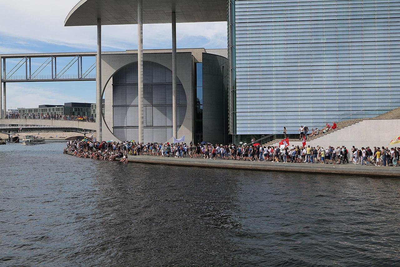 Conspiracy theorist protest Berlin 2020-08-01 153.jpg