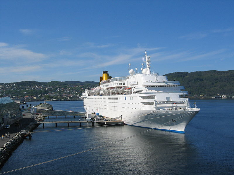 File:Costa Europa in Trondheim 2004.jpg