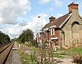 Cottages beside the railway line - geograph.org.uk - 1483082.jpg