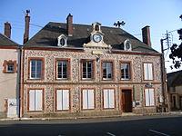 Courtalain - Town Hall.JPG