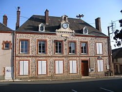 Courtalain - Town Hall.JPG