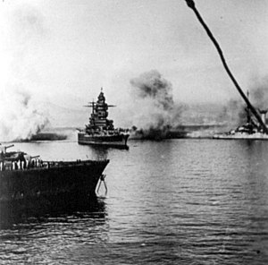 Attack on Mers-el-Kébir - Battleship ''Strasbourg'' under fire.