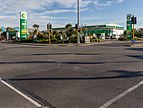 Crossroad at Edgeware Rd and Cranford St, St Albans, Christchurch, New Zealand.jpg