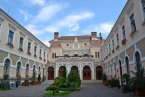 Odorheiu Secuiesc - Inner courtyard of the Town Hall