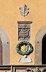 Cutigliano, palazzo dei capitani della montagna, stemmi 07.jpg
