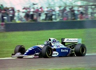 Williams FW16 - Image: Damon Hill Williams FW16 at the 1994 British Grand Prix (32541472155)