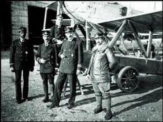 Ahmet Ali Çelikten - Ottoman naval aviators of the Naval Flight School (Deniz Tayyare Mektebi) at Aya Stefanos; left to right: pilot Ahmet Ali (Çelikten), Sami (Uçan), İhsan and observer Hüseyin Kâmil (Görgün).