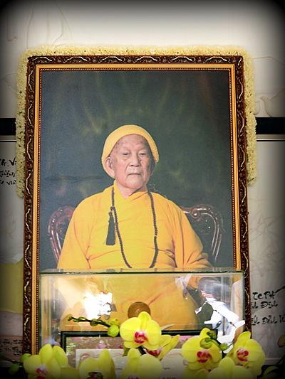 Mendiang Yang Mulia Thích Trí Tịnh, Ketua Sangha Nasional Vietnam. Foto: vi.wikipedia.org