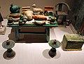 Dinastia ming, offerte funebri e figurine, xvi secolo 01.jpg