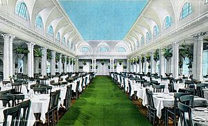 Royal Poinciana Hotel - Dining room in c. 1920